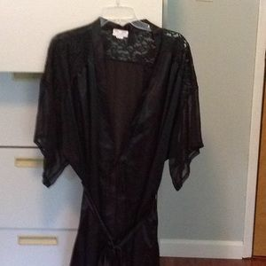 Satin and lace Knee length robe